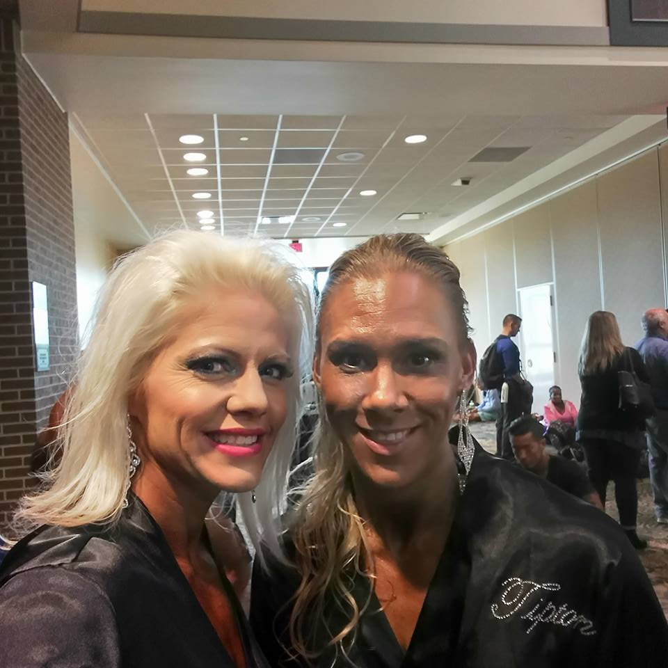 team-proformations-kansas-city-bodybuilding-and-figure-contest-prep-services-pink-muscle-fest-31